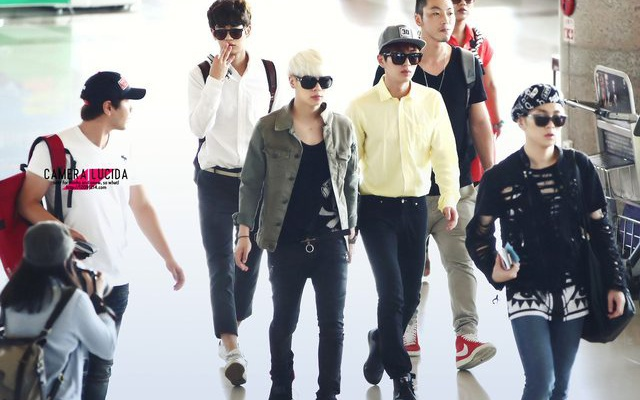 SHINee Airport Fashion
