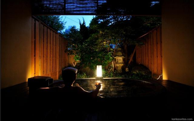 Klid a relaxace, to jsou japonské veřejné lázně