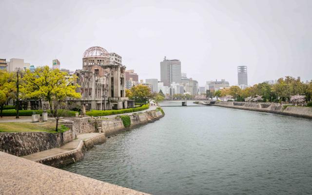 Do Hirošimy jsem zavítal za deště, který podtrhl tíživou atmosféru.