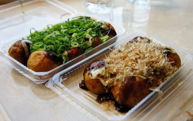 Takoyaki - chobotnice v těstíčku