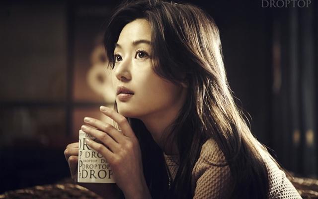 Jun Ji Hyun pro Café Droptop