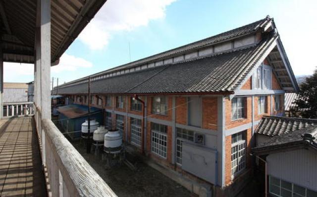 Přádelna hedvábí v Tomioka