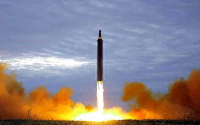 Severokorejské střely představují reálnou hrozbu.