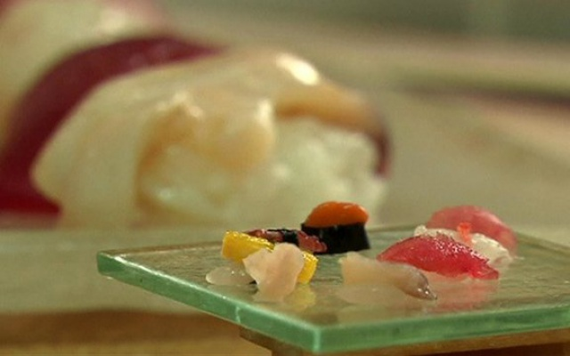 miniaturní sushi