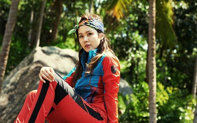 Son Ye Jin pro WILDROSES