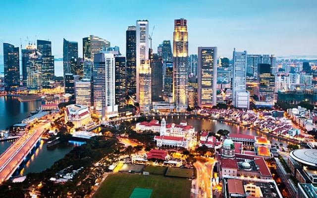 Letecký pohled na městský stát Singapur