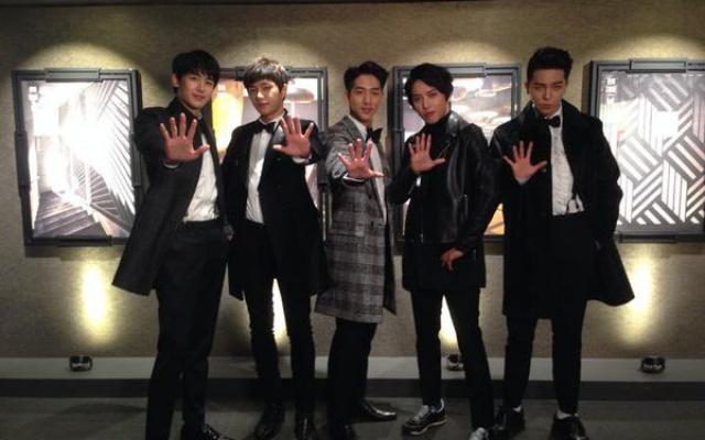 Lucky Boys - Nichkhun, Jung Yong Hwa, L, Baro, Mino