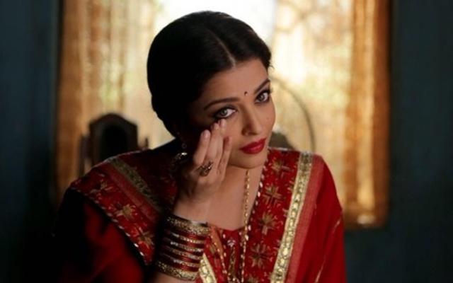 Herečka Aishwarya Rai s bindi