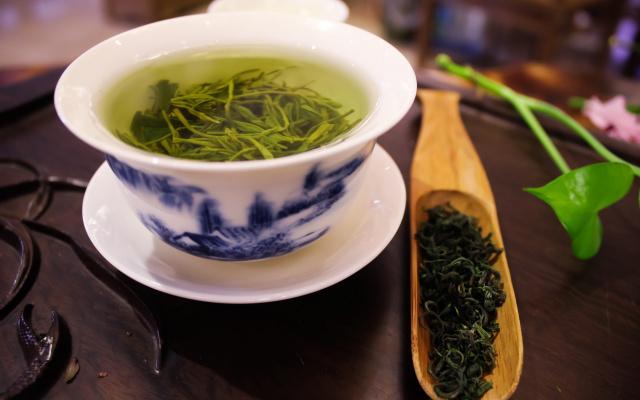Zimní pohoda se zeleným čajem