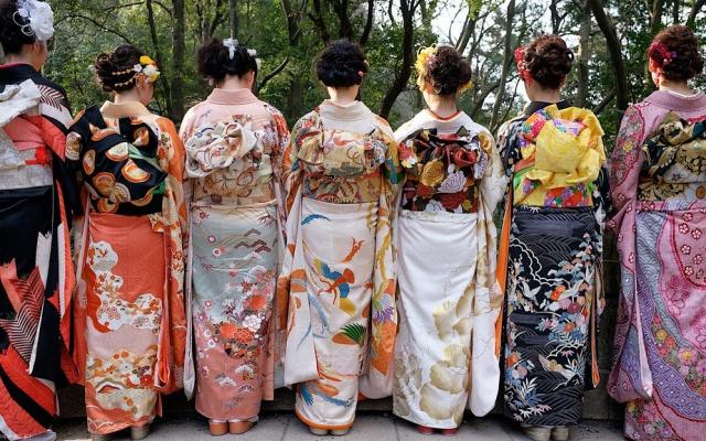 Japonky v kimonu