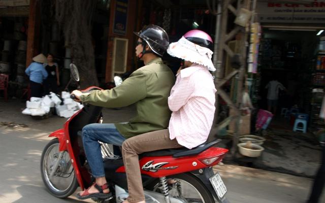 Vietnamci na motorce