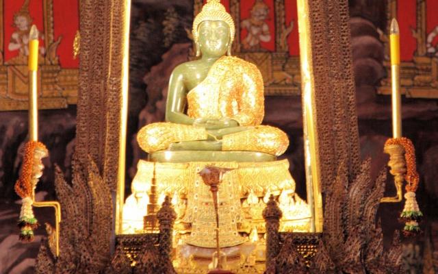 Smaragdový Buddha