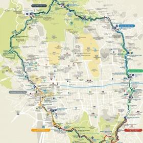 Mapa městské zdi, bran a stezek.